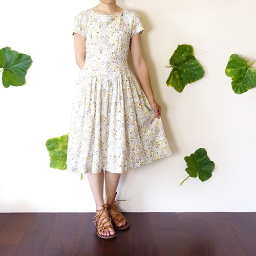 BajuTua / vintage / Magnificent Peng Peng skirt small floral dress