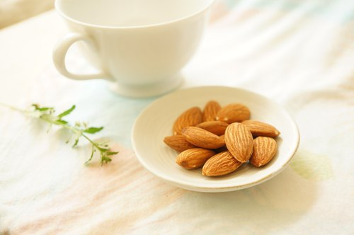 America's top micro-smoked almonds ALMOND
