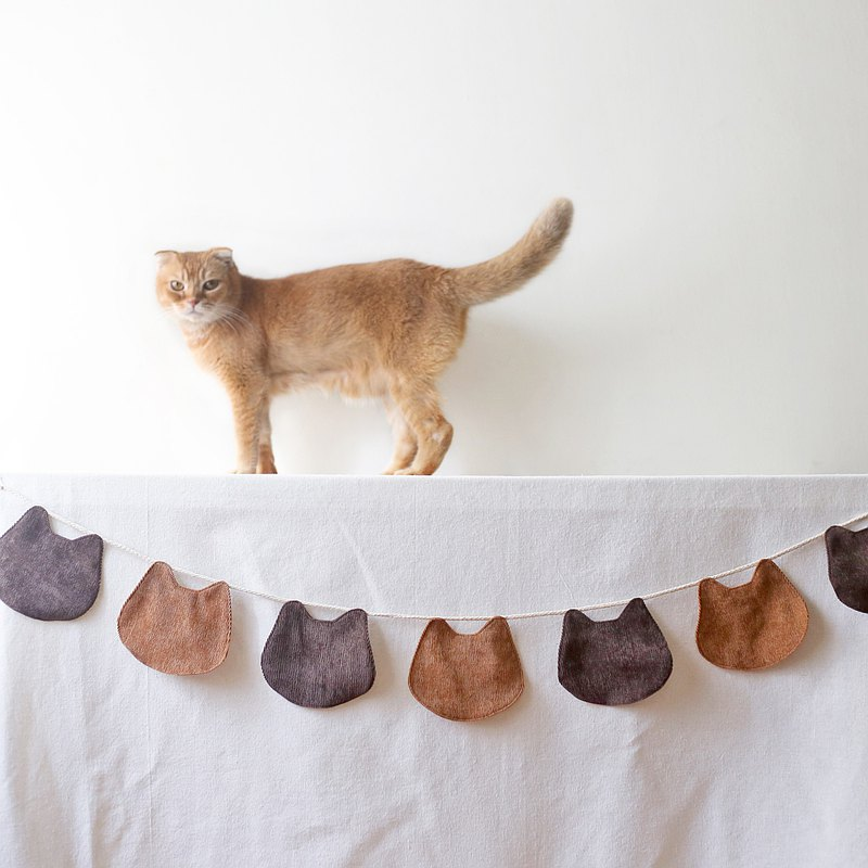 Cat head shape cloth flag hanging flag 5 colors can be mixed and matched