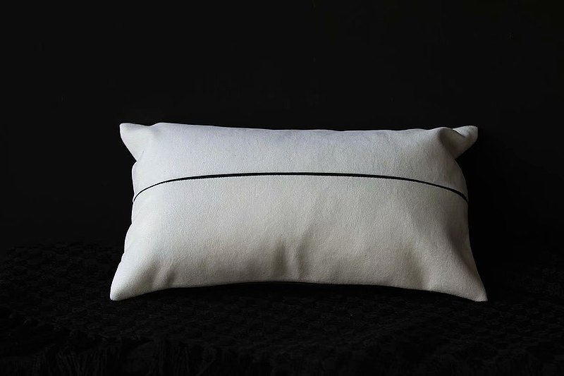 Original art pillow of this room-this obsidian black two-tone stitching-Nordic style-waist pillow