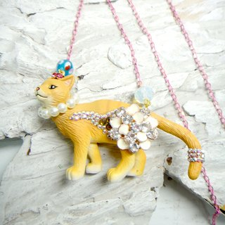 TIMBEE LO cat necklace decorated flower crystal stone cute adorable Japanese style