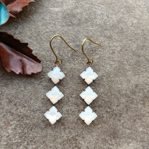 Antique Opal color geometric Dangle Earrings