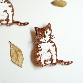 Biscuit small tabby cat embroidery pin