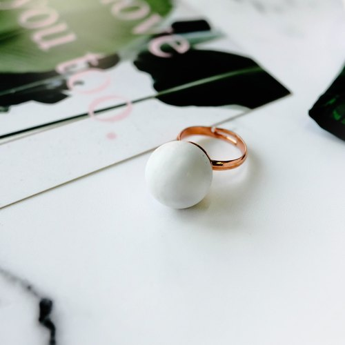 White Marble Pattern Concrete Large Bubble Rings - Rose Gold