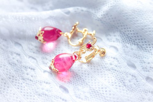 *Mi Luna Story*sleeping cradle (Rose) ear clip