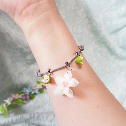 Spring flower pattern gray wax rope bracelet