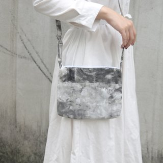 Misty silver tree forest hot silver hand-stitched lightweight side bag