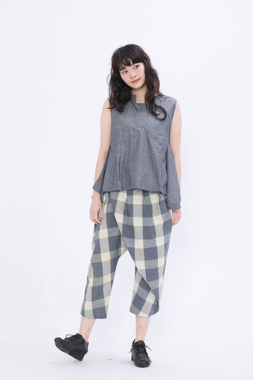 Discounted straps pants _ sunshine in the rain _ fair trade