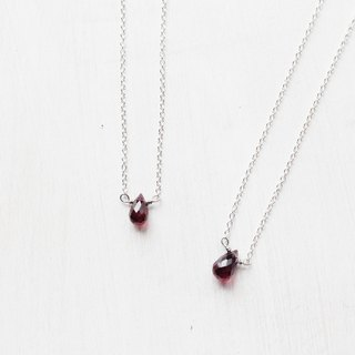 【JANUARY 1 -birthstone-Garnet】lucky clavicle silver necklace (adjustable)
