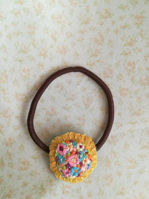 花刺繍のヘアゴム flower embroidery hair tie*yellow