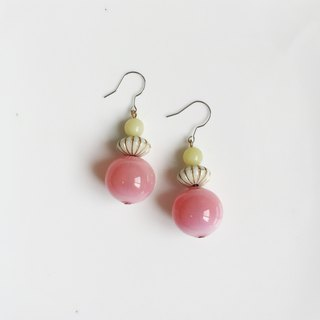 Youthful shimmer antique resin glass bead earrings only one pair