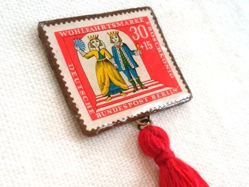 The Prince of Frog (Red) * German Stamp Brooch