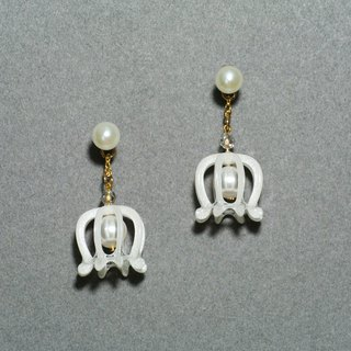 Xiao Ling Lan Earrings