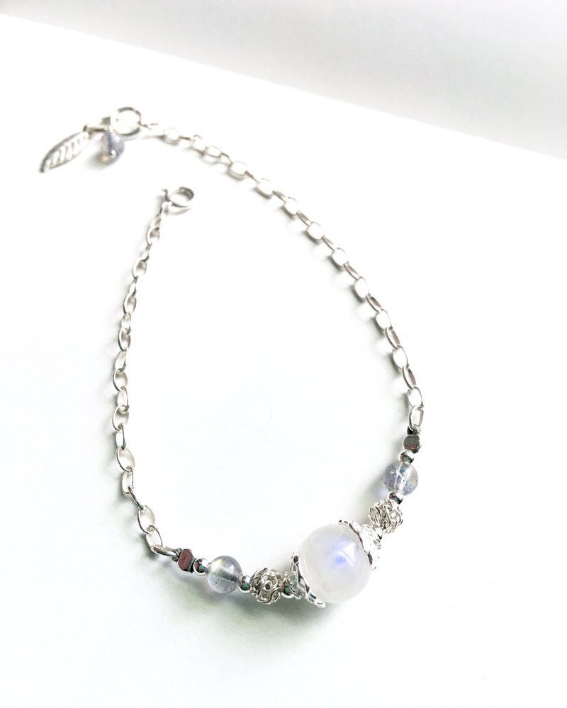 Ops Moonstone Gemstone Silver Simple Bracelet
