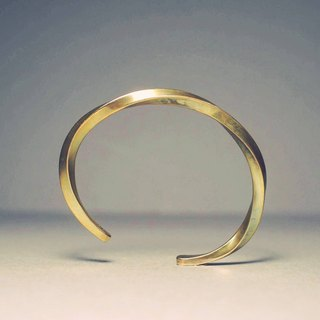 Simple twisted brass bracelet Concise_ twist Brass cuff Bracelet
