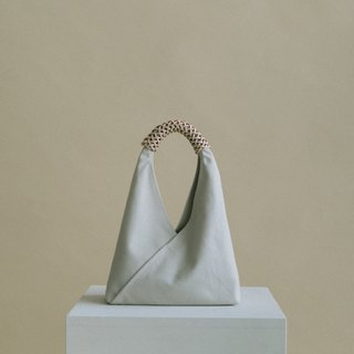 Woven Triangle Bag (S) (Ivory)