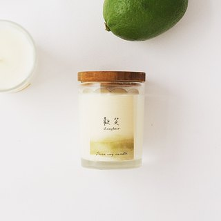 4th Floor Apartment - Natural Soybean Oil Candle - Laughs Langhter - Sweet and fruity notes