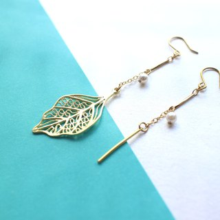 Rainy night-Brass earrings