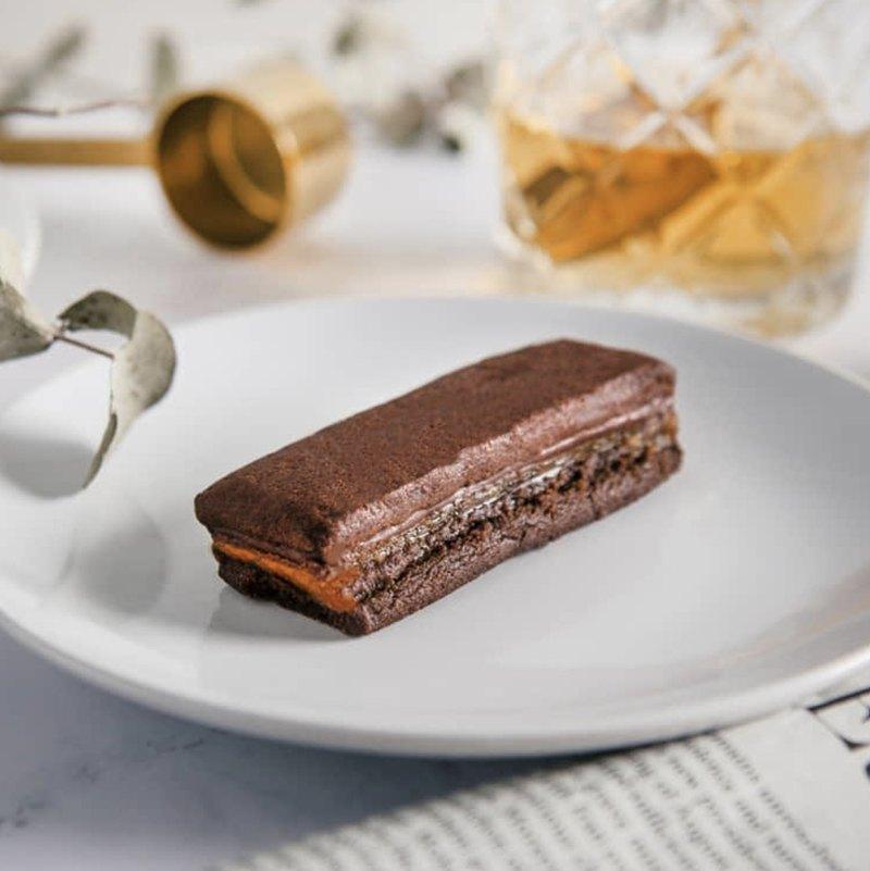 黑金鳳梨酥禮盒 | 台灣伴手禮 | 台灣巧克力製作