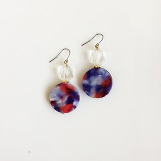 Drunken glass beads antique resin earrings during the day