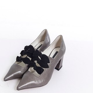 Flannel bow pointed leather thick heel shoe gun