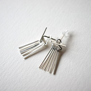 Short line fringe pierce sv925 Silver 2way fringe earrings