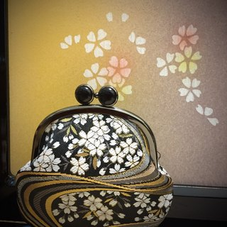 Jin Jin Jin Weaving Night Sakura Frog Eye Gold Bag