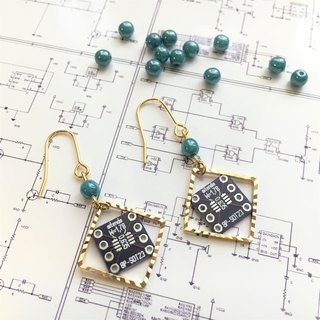 【Electronic parts】Violet PCB(lightblue-beads)Earrings
