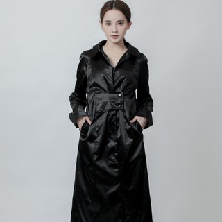Wide belt trench coat Trench Coat With Belt Details