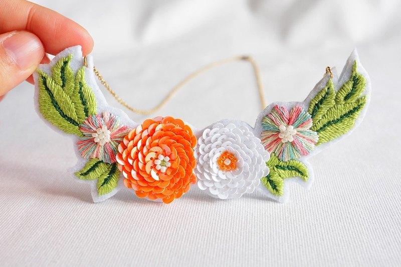 活力系﹣橘色之夢(大)手工刺繡項鍊.可客製化