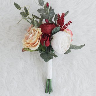 Classic Red Mini Flower Bouquet