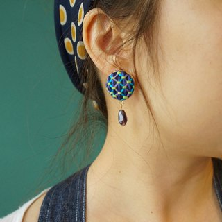 甄 girl handmade original blue grid embroidery round earrings