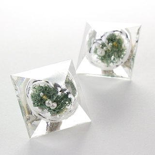 Pyramid dome earrings (Botanical Gardens B)