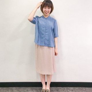…{DOTTORI :: TOP}Sky Blue Short-Sleeved Shirt with Banded Collar
