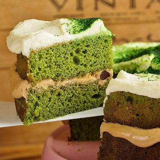 Green Black Sugar Chiffon 8吋 Matcha Tea Cream Sauce