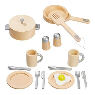 Small life staff. Wooden kitchen bowl set