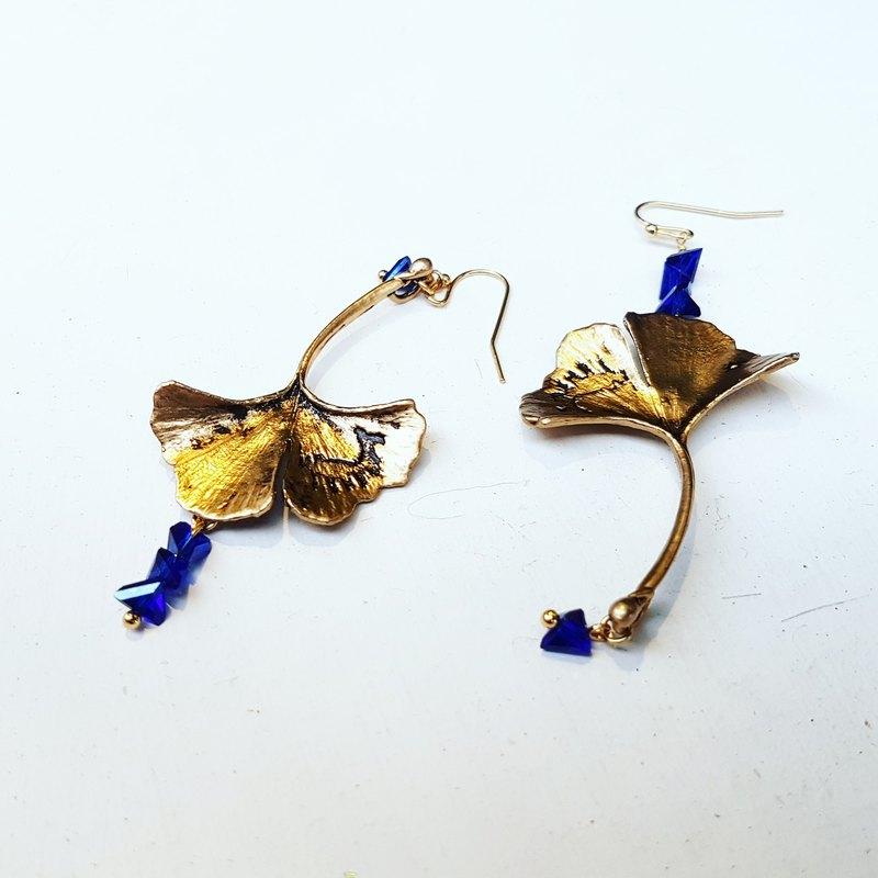 獨家_古銅色大銀杏不規則寶藍色水晶垂式耳環_免費修改夾式耳環