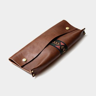 [Maya stone carving knife] Italian vegetable tanned leather pencil bag leather pencil box folk customs folk customs station car lettering letter when the gift father section Father's Day