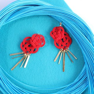 japanese style pierce earring / mizuhiki / japan / accessory / fish / red