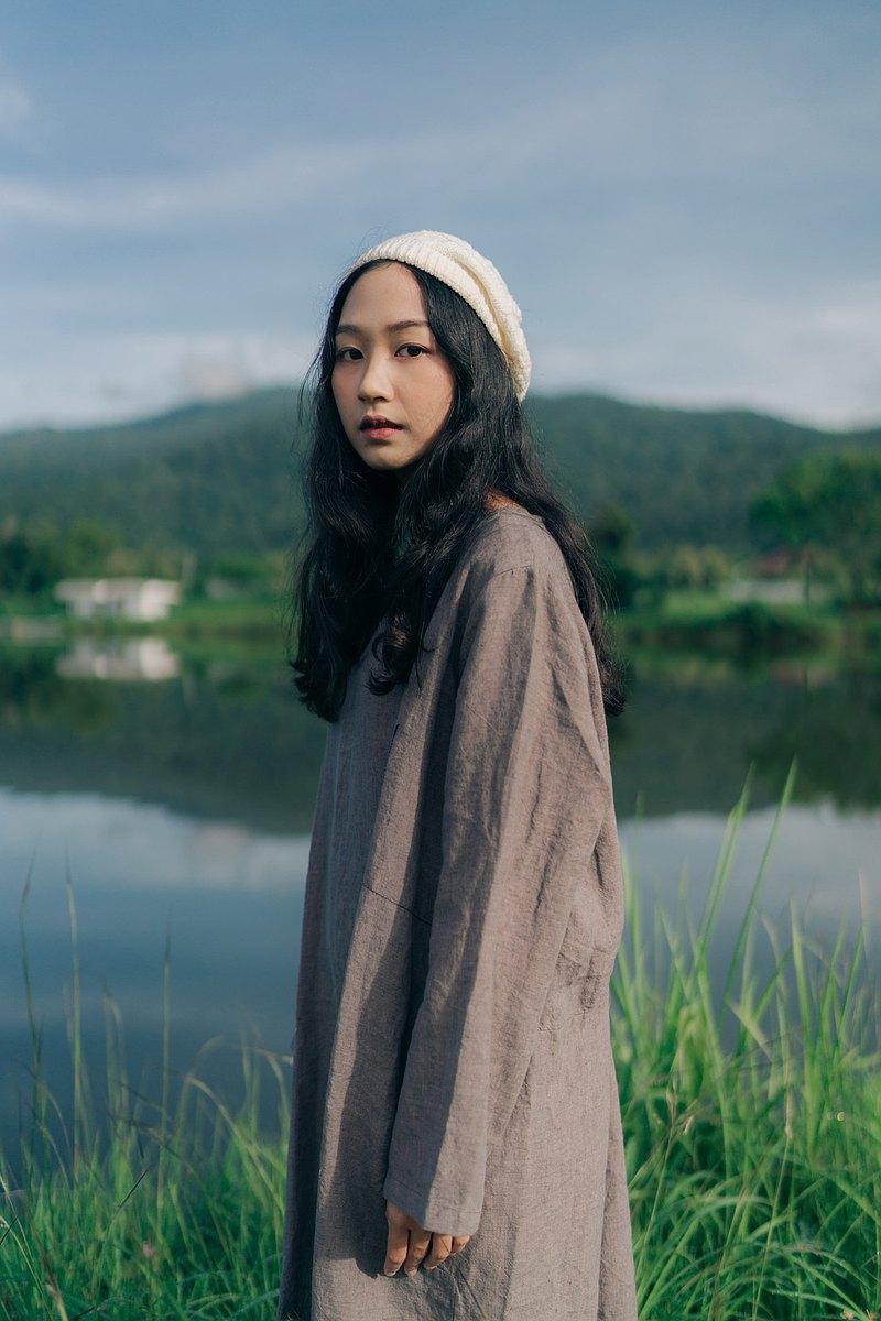 亞麻連衣裙,自然色,設計,舒適的尺寸。透氣,可以穿很多場合,長裙