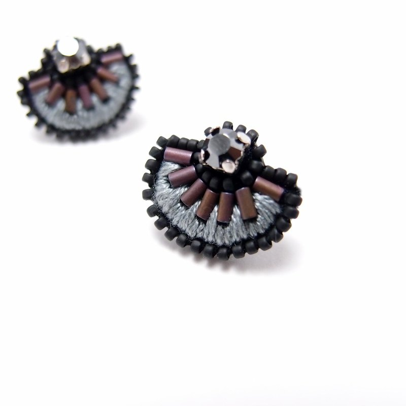 Geometric Circular Sector  Embroidery Earrings / Purple & Grey
