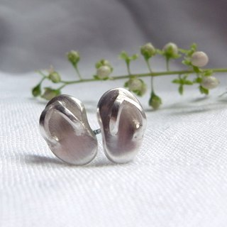 Tiny Flip-Flop--Sterling Silver--Silver Flip-Flop --Cute Flip-Flop Stud Earrings