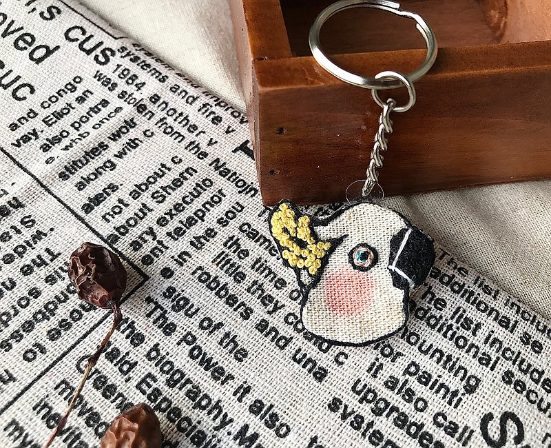 鸚鵡刺繡鑰匙圈