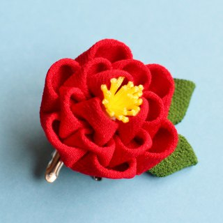 Camellia hair ornament with leaf Red