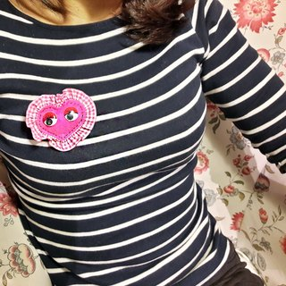 【POPO ABBY】EMBROIDERY BROOCH  ❤ THE HEART SHAPE OF LOVE ❤ PEACH&RED HANDMADE DESIGN  MAMA GIFT