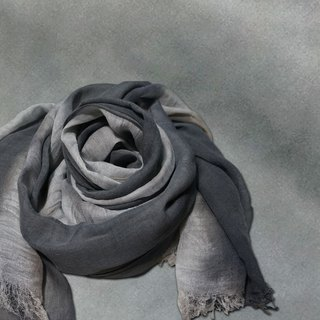Loessed with iron gray striped cotton scarf scarf