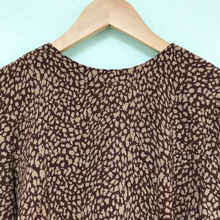 Top / Burgundy Long-sleeves Top