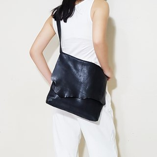 GENUINE LEATHER Black Leather Sling Bag / Shoulder Bag / Simple Bag / Messenger