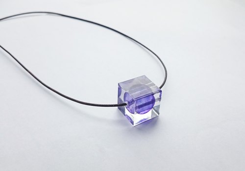 Element stone / Violet / Adjustable Cube resin necklace
