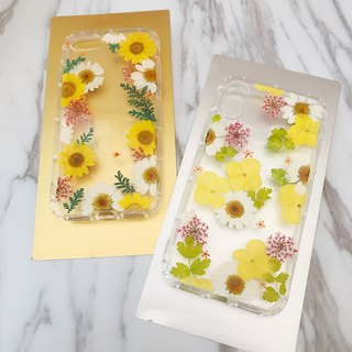 Pressed flower Phonecase Handmade with real flower